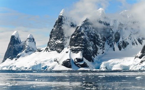 antarctica-cold-floating-48178
