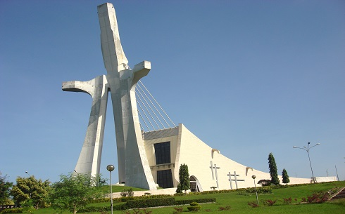 Cathedrale St. Paul Abidjan.JPG