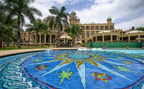 SCR1h0013-0453-Sun City-The Palace-Pool-MKS2928