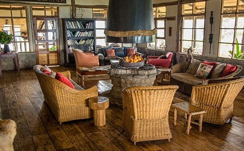 Virunga_main-lodge-interior
