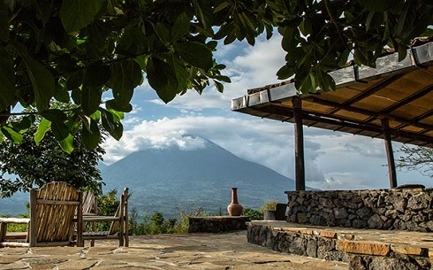 Virunga_main-lodge-terrace